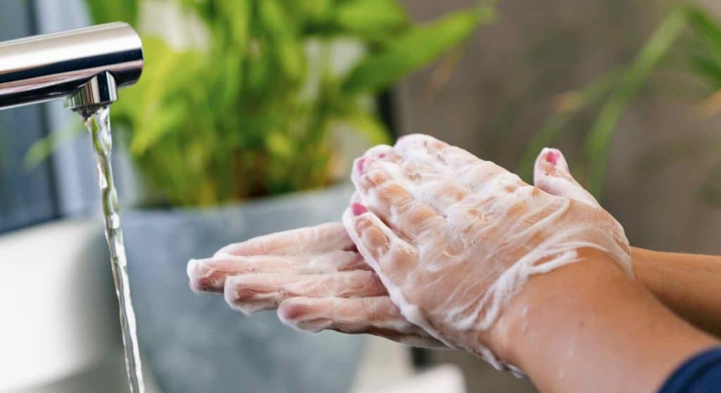 DIY sanitizer recipe hand washing is best